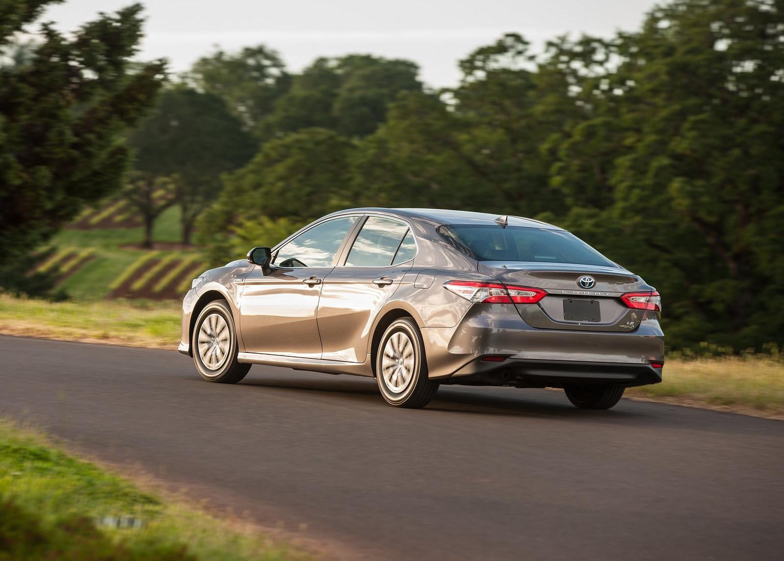 Foto de Toyota Camry Hybrid (7/12)