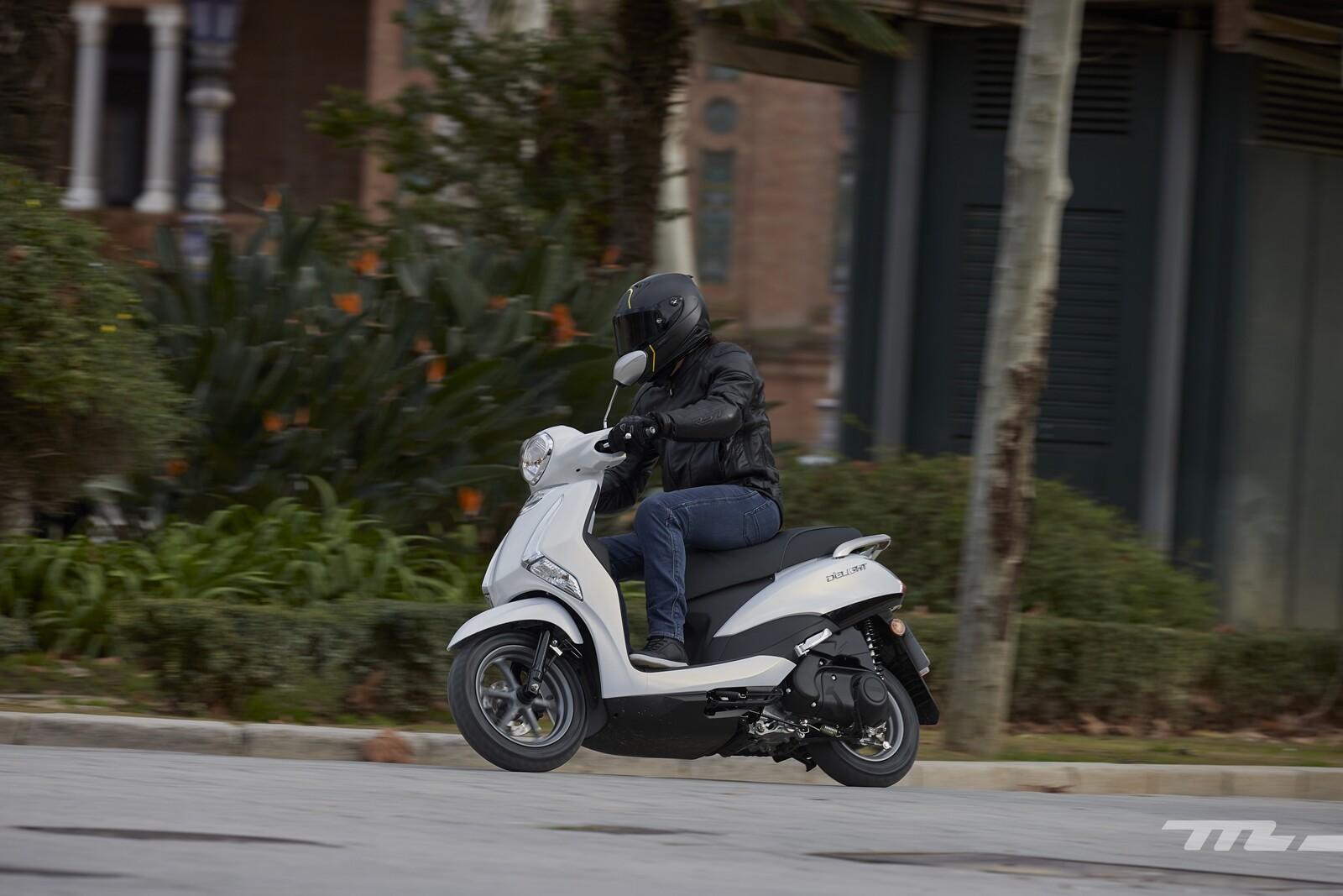Foto de Yamaha D'elight 125 2021, prueba (28/34)