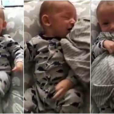 Un papá consigue calmar a su bebé que lloraba al darle una camiseta usada de mamá