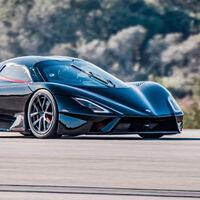 ¡455 km/h de media! El SSC Tuatara se convierte en el coche de serie más rápido del mundo en este vídeo
