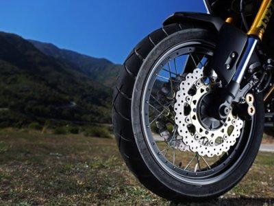 El Dunlop TrailSmart se muestran como uno de los mejores neumáticos Adventure del mercado