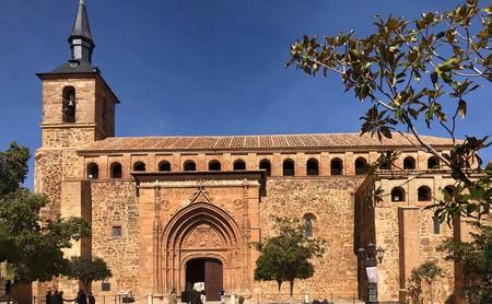La iglesia de Santiago el Mayor en Torrenueva