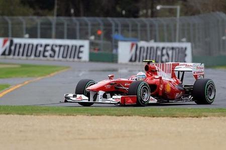GP de Australia 2010: Fernando Alonso líder, carrerón, récord de adelantamientos, alta tecnología y espectáculo