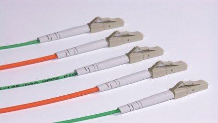 Telefonica quiere llevar la fibra óptica de plástico a las redes domésticas