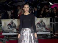 Natalie Portman vuelve a brillar sobre la alfombra roja