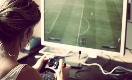 Las chicas también juegan a videojuegos, y cada vez más