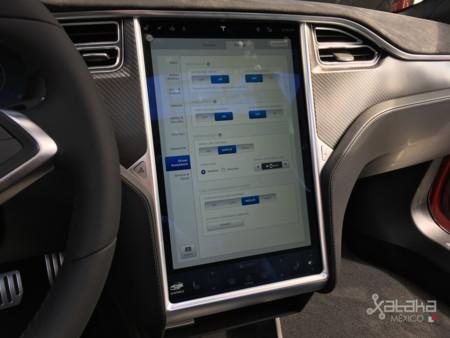 Tesla Model S Mexico 21
