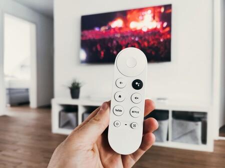 """Gran operación contra listas IPTV ilícitas: cierran un grupo que distribuía contenidos a """"cientos de miles de clientes"""" en UK"""