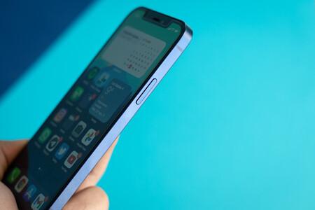 Una vulnerabilidad de iOS permitía a los atacantes controlar y espiar un iPhone de forma remota