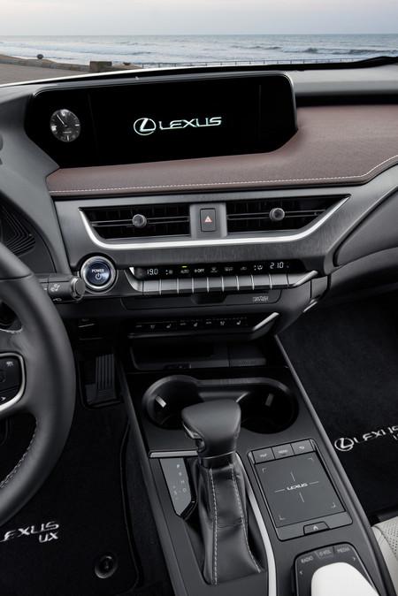 Lexus Ux 250h 2019 380