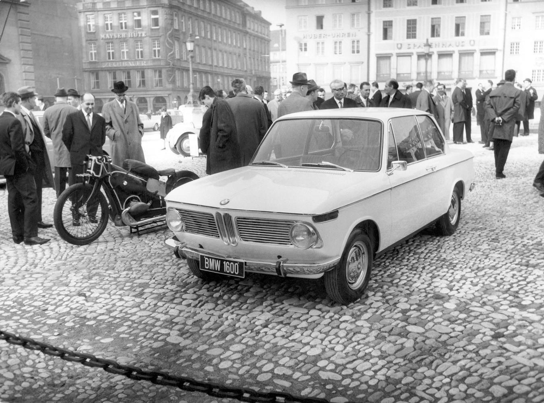 Foto de BMW y la evolución de sus riñones (6/18)