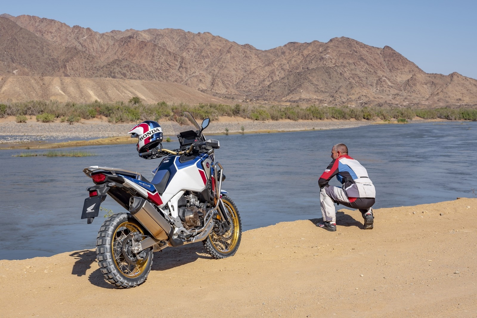 Foto de Honda CRF1100L Africa Twin Adventure Sports 2020 (7/32)