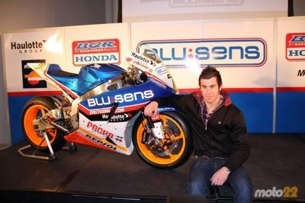 Presentación del equipo Blusens BQR de Moto2
