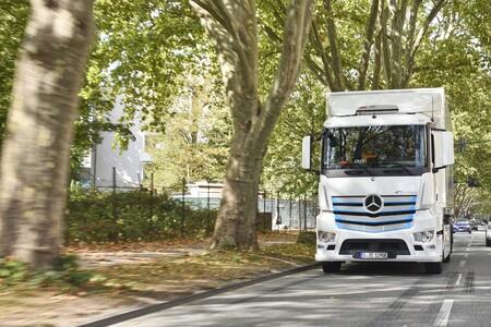 Mercedes Benz Eactros 1