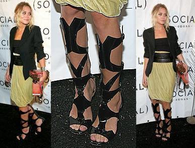 ¿Te pondrías las botas de Ashley Olsen?