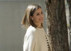 La Reina Letizia se viste de Massimo Dutti en su último acto oficial