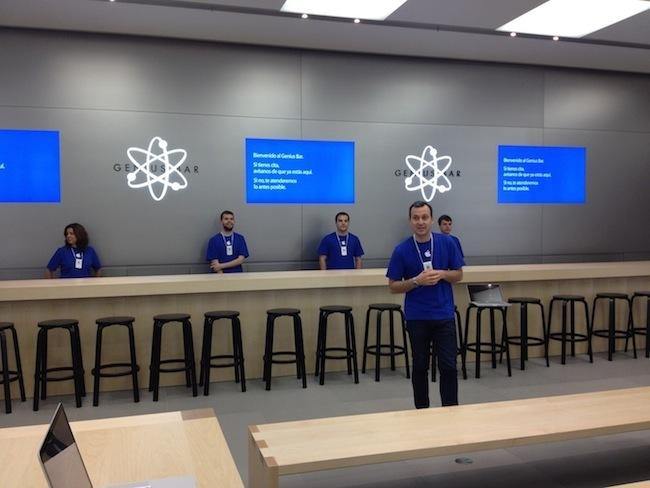 Apple Store Leader Pepe Sebastián en el pase de prensa previo