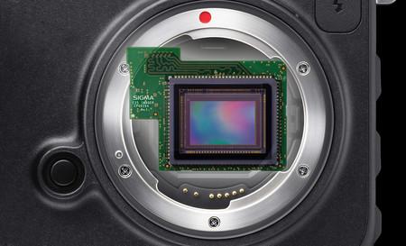 La Sigma con sensor Foveon X3 de formato completo y montura L se retrasa de forma indefinida