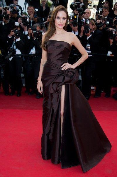 Angelina Jolie acapara todas las miradas en la alfombra roja de Cannes