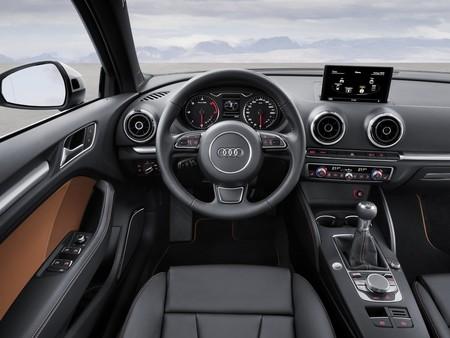 Audi A3 Sedan 2013 R10 Jpg
