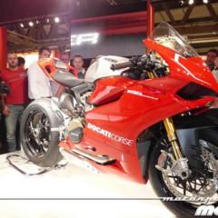 Foto 5 de 14 de la galería disenando-la-ducati-1199-panigale-en-vivo-en-el-eicma en Motorpasion Moto