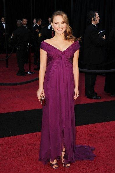 Natalie Portman deja de lucir bombo para pasar a presumir de niño