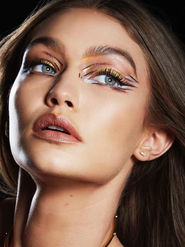 Gigi Hadid Maybelline Makeup 2017 Campaign01