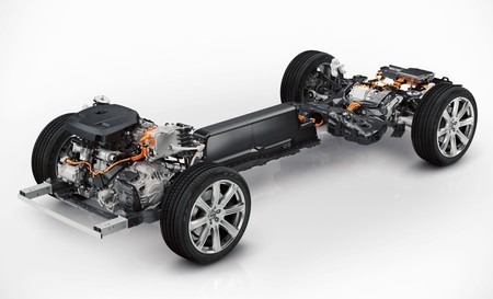 volvo-xc90-twin-engine-1000-2.jpg