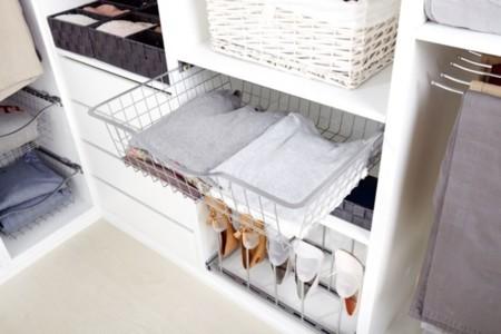 Tu armario es un caos 6 accesorios imprescindibles para - Cestas para armarios ...