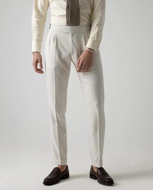 Pantalón de vestir de hombre slim en color crudo