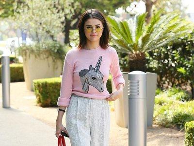El unicornio de la disputa: Selena Gomez y Brie Larson protagonizan un duelo de estilo muy millennial