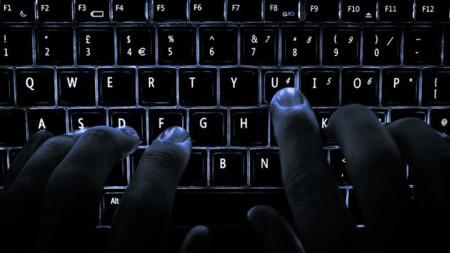 Salud en el trabajo: prevención de lesiones por el uso de móviles y teclados