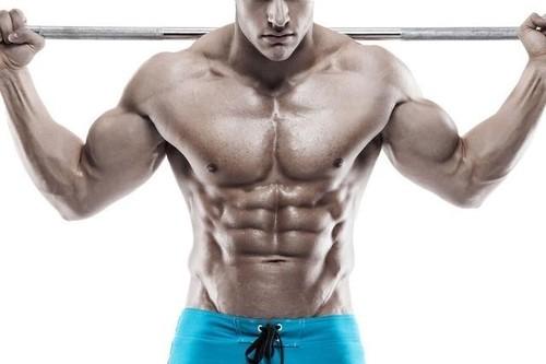 Espalda ancha y cintura estrecha: cómo entrenar en el gimnasio para conseguirlo