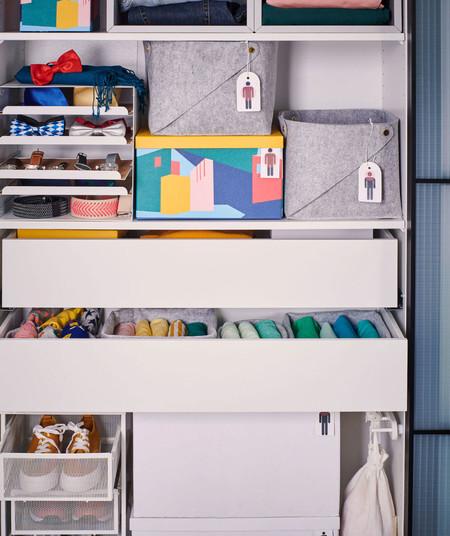Los mejores complementos de Ikea para crear un vestidor abierto en cualquier pared