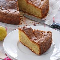 Bizcocho de limón con aceite arbequina y tomillo: receta con sabor a campo