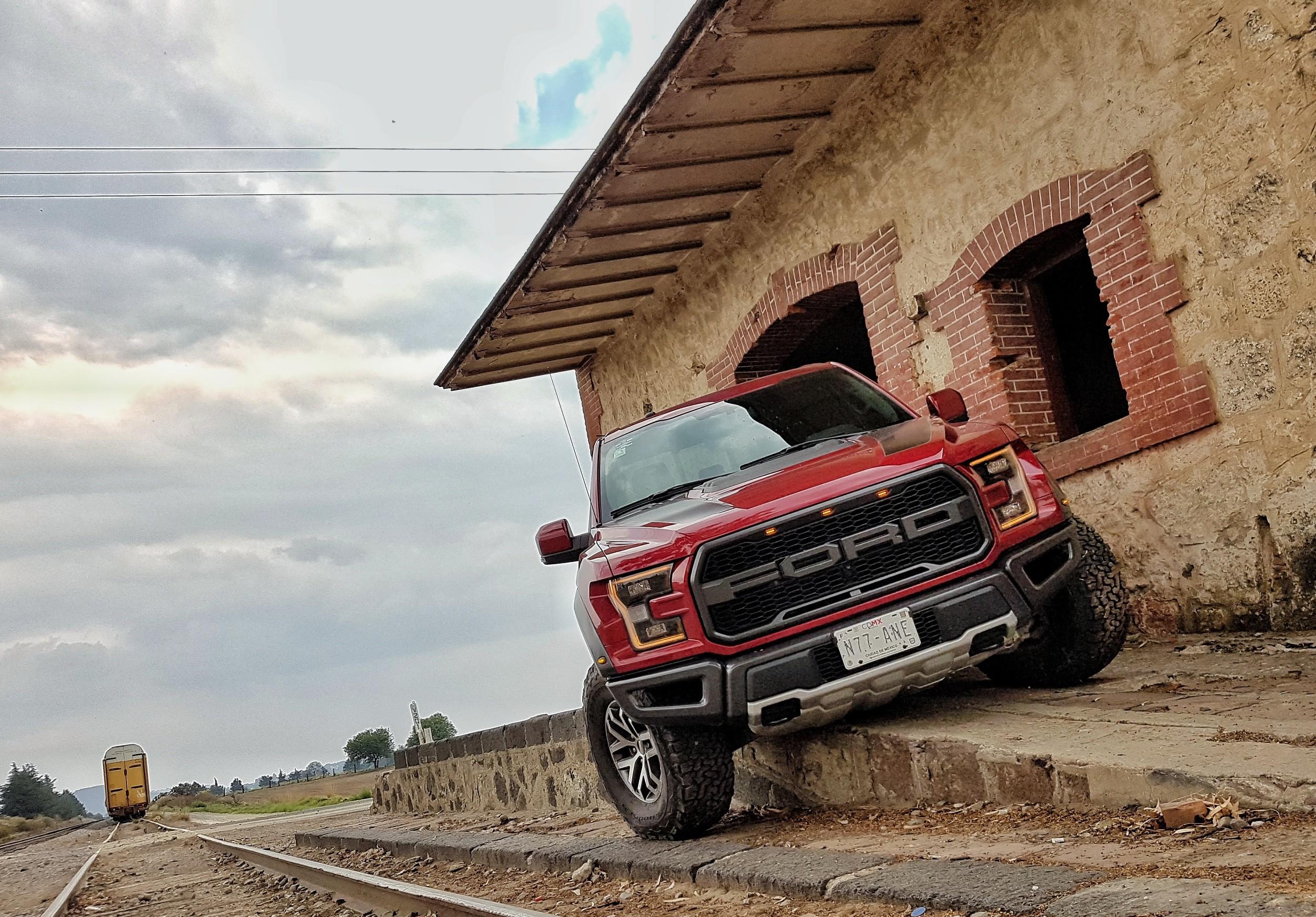 Foto de Ford Raptor (7/44)