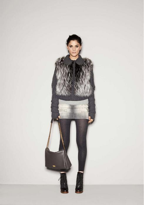 Foto de Dolce & Gabbana Fall 2011 (28/76)