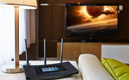 Así podemos mejorar la red Wi-Fi en casa evitando la congestión de frecuencias ocasionadas por el router del vecino