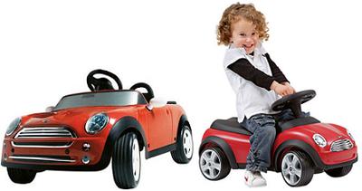 MINI Baby Racer y MINI Cooper Kids Cabrio para los más pequeños