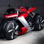 ¡Exagerada! La Lazareth LM 410 es una moto de cuatro ruedas, 200 CV y 100.000 euros, pero sólo 10 unidades