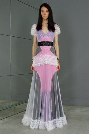 ¿Os pondríais este vestido de Balenciaga?