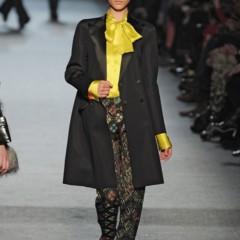 Foto 7 de 27 de la galería jean-paul-gaultier-otono-invierno-20112012-en-la-semana-de-la-moda-de-paris-el-lado-sexy-del-estilo-ladylike en Trendencias