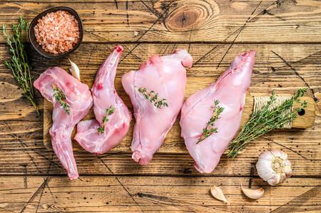 Descubre las posibilidades de la carne de conejo: propiedades, características y recetas que gustarán a todos