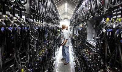 """Apple quiere gestionar mejor sus """"nubes"""" adquiriendo la experta en bases de datos FoundationDB"""