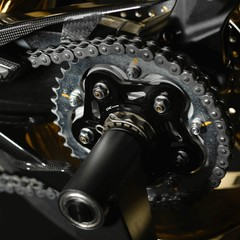 Foto 9 de 14 de la galería mv-agusta-dragster-rc-shining-gold-2019 en Motorpasion Moto