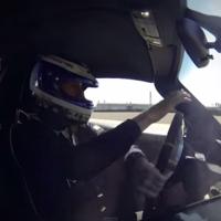 Mientras se termina la producción del Porsche 918 Spyder, Walter Röhrl choca uno de ellos