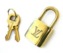 Google multado a pagar a Louis Vuitton