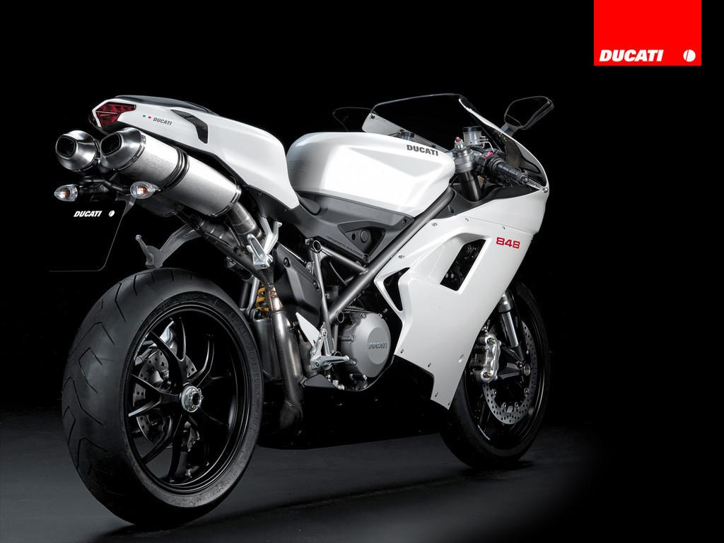 Foto de Ducati 848 (5/18)