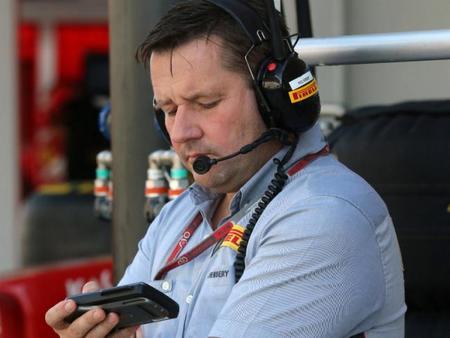 Paul Hembery asegura que la continuidad de Pirelli es un hecho