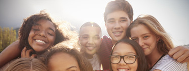 Las primeras salidas de mi hijo adolescente: todo lo que nos preocupa a los padres